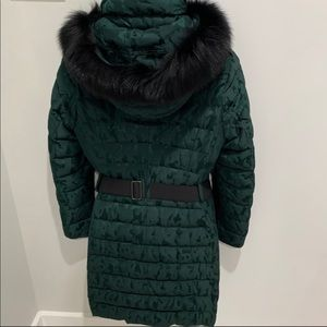 Burberry jacket with removable hood and fur size 8